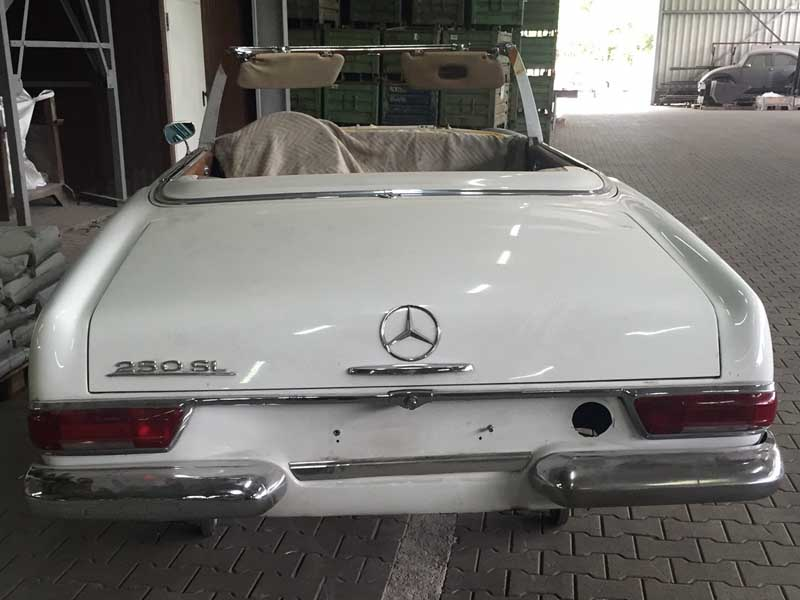 Sandstrahlen - Mercedes Pagode
